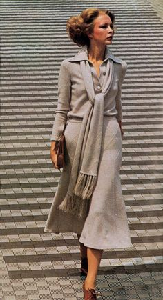 1974 - Vogue Italia 70s subtle suit in cream tan wool skirt shirt scarf vintage fashion style color photo print ad model magazine long slim classic