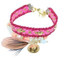 Armband met karabijn in het roze