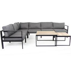 Leone är en elegant och vädertålig möbelserie med stommar i svart aluminium. Sitsen på hörnsoffan och pallen är uppspänd med syntetisk sadeljord plus textilenväv som täcker hela sitsen. Ovanpå detta lägger man den tjocka dynan som är försedd med ett avtagbart och tvättbart polyestertyg. Pallen/(Bordet) levereras med dyna (ingen glasskiva), man kan välja till en …