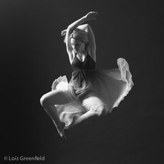 Lois Greenfield Dance Photography Dance Photography, Photography Ideas, Lois Greenfield, Dance Photos, Just Dance, Dancers, Passion, Floor, Inspiration