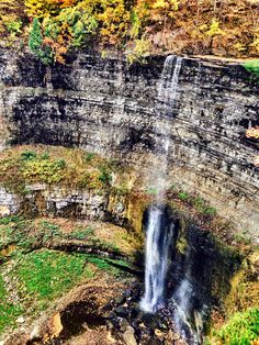 10 Ontario hikes & waterfalls that can't be missed this fall — Little Pink Passport Oh The Places You'll Go, Places To Travel, Places To Visit, Ontario Travel, Algonquin Park, Canadian Travel, Beautiful Waterfalls, Great View, Hiking Trails