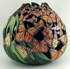 lots of butterflies - Art / Gourds & Pottery - Decorative Gourds, Hand Painted Gourds, Fimo Polymer Clay, Butterfly Art, Butterflies, Monarch Butterfly, Gourd Art, Clay Projects, Clay Creations