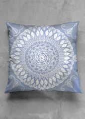 Thrown pillow cover in blue and white, Paisley Henna Moon: What a beautiful product!  #shopvida #homedecor