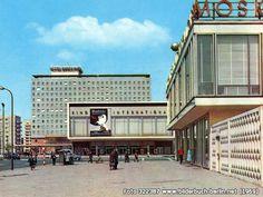 Kino International, Café Moskau, Karl-Marx-Allee 33, 10178 Berlin - Mitte (1969)