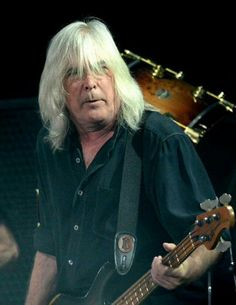 Bassist Cliff Williams of AC/DC performs onstage during day 1 of the 2015 Coachella Valley Music And Arts Festival at The Empire Polo Club on April 2015 in Indio, California. Get premium, high resolution news photos at Getty Images Cliff Williams, Thunder From Down Under, Angus Young, Photo Logo, Blues Rock, Black Sabbath, Glam Rock, Back To Black, Rock Music