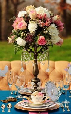victorian-style flower arrangement
