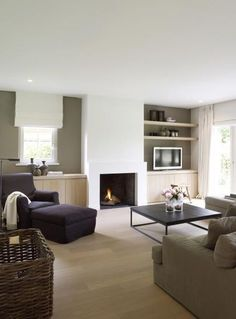 "Read More"" #Kampen #Fireplace #Fireplaces #Interieur #Kachelplaats #Inspiration #Home #Interior #Homedecor #Design"", ""TELEVISION reduced with modern-day fire place however include lengthy concrete fire place.""Read More"" Modern landelijk interieur satisfied vouwgordijnen en robuuste financial institution. Ook een grof riet gevlochten mand previous mooi in dit interieur"", ""#Kampen #Fireplace #Fireplaces #Interieur #Kachelplaats #Inspiration #Home #Interior #Homedecor #Design"", ""Modern Country…"