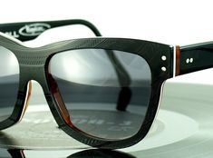 Budapest-based Vinylize has created a sharp set of eyewear made from recycled vinyl records. The company uses a laser cutter to craft old records into chic eyewear for ladies and gents, and even the protective cases are made from recycled vinyl. Old Vinyl Records, Vinyl Music, Lps, Vinyl Glasses, Vinyl Platten, Monitor, Mens Gear, Ethical Clothing, Oakley Sunglasses
