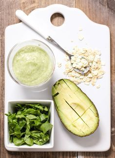 Who says oats are only for breakfast? This gentle green puree is loaded with fiber rich oats, healthy spinach, creamy avocado and is perfect for baby's lunch or dinner. A puree that even Popeye would be proud of with its mighty amount of calcium, iron, Vitamin A and B, protein, iron and good fat needed for your baby to grow and thrive. Easy to make and easy to eat - this puree has it all. >>> >>> >>> We love this at Little Mashies headquarters littlemashies.com