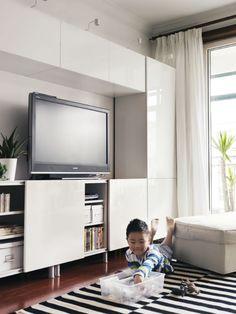 A TV storage solution. Soluciones para la tv y almacenaje en ikea.