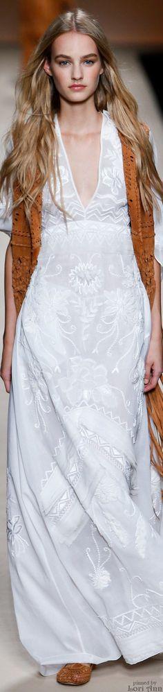 Long white boho lace dress - Alberta Ferretti Spring 2015 RTW