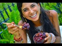 """This raw delectable delight will keep you from """"Falling off the Wagon!"""" It satisfies literally every craving, and you can eat it all without guilt because it is low in fat! Horray! http://www.youtube.com/watch?v=D1Jatsooogw     Kristina Carrillo-Bucaram of Rawfully Organic (http://www.rawfullyorganic.com) and FullyRaw (http://www.fullyraw.com) mak..."""