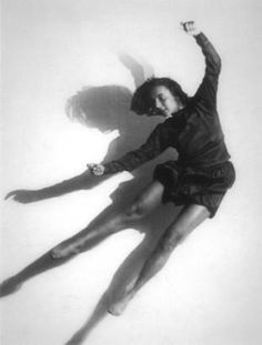 So high she's blown Straight Photography, Dance Photography, Inspiring Photography, Contemporary Dance, Modern Dance, Albertina Wien, Francis Wolff, Ludwig, Action Poses