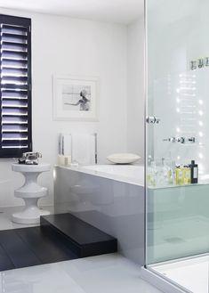 Caesar stone bath with step Gorgeous bathroom in Kelly Hoppen's London townhouse.