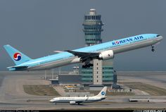 Korean Airlines, Boeing 777 300, World Pictures, Cabin Design, Aircraft Pictures, Jets, Airplanes, Vintage Posters, Hong Kong