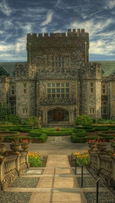 Hatley Castle British Columbia Canada iPhone 5 wallpapers, backgrounds, 640 x 1136