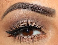 Perfect eye make up for us Brown eyed girls