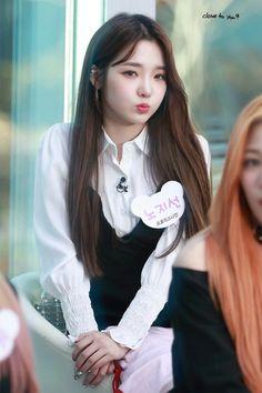 Jisun #fromis_9 Kpop Girl Groups, Korean Girl Groups, Kpop Girls, Friend Of God, Prettiest Actresses, Red Velvet Irene, Fantasy Girl, Korean Actresses, Beautiful Asian Girls