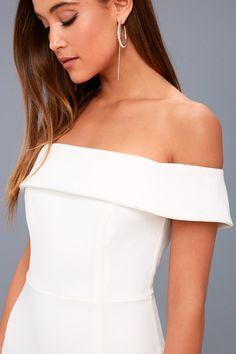Aveline White Off-the-Shoulder Maxi Dress 5