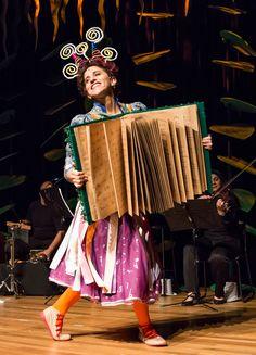 .: Ópera infantil comemora seis anos do Museu Catavento