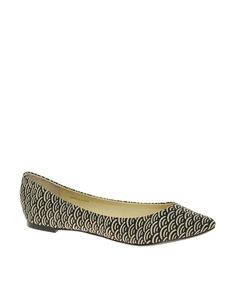 {love a slightly pointed flat. with the geo print and for $34.79 these are fab.}
