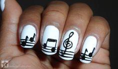 Nail art: como fazer unhas com notas musicais - Site de Beleza e Moda