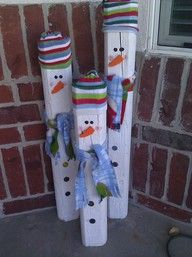 I wanted to make these as a gift for my mom, she loves snowmen. Just a few pieces of wood (old fence, other scrap wood, even cut branches and the bark will make wonderful texture!) spray paint and add the detail, old fabric for the scarves and hats!