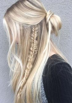 Searching for best styles of braids or wedding haircuts? You can see here the most amazing styles of half up half down braided and wedding hairstyles trends for 2018. A half up wedding style hair is best way to start up your next season. This is also amazing trends for ladies who are searching for latest bridal hair.