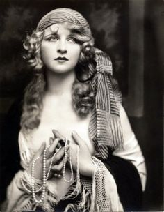 Myrna Darby 1920's photo by Alfred Cheney Johnston    So pretty, what beautiful eyes..Have used this asmy profile pic on Blogger for years.