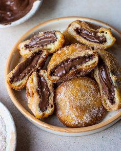 Pancake Sandwich Recipe, Nutella Sandwich, Nutella Bread, Nutella Pancakes, Nutella Breakfast, Breakfast Waffles, Baking Recipes, Dessert Recipes, Cake Recipes
