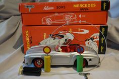 #windup #tin #vintage #antique #toy #toycollecting #diecast #collecting #collectibles Schuco 2095 Mercedes-Benz 190SL Wind Up Car w/ Key &…