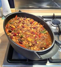 How to Cook a Massive Chilli-Con-Carne by Steven Jackson
