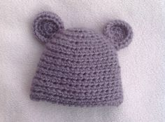 HOW TO CROCHET A VERY EASY  BABY HAT TUTORIAL