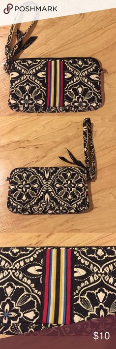 "Vera Bradley floral wristlet 7"" long and 4"" high, there is a small divider inside for credit cards Vera Bradley Bags Clutches & Wristlets"