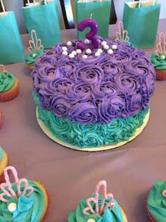 little mermaid birthday party cake and cupcakes ***Maya smash cake idea**** Little Mermaid Parties, The Little Mermaid, Little Mermaid Cupcakes, 3rd Birthday Parties, Girl Birthday, Birthday Ideas, Cake Birthday, Mermaid Birthday Party Ideas, Little Mermaid Birthday Cake