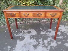 REGENCY/GEORGIAN STYLE MAHOGANY WRITING TABLE / DESK WITH GREEN LEATHER 4' X 2'