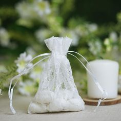 10 White Floral Lace Favor Bags with Pull String Wedding Favor Bags, Wedding Gifts, Birthday Favors, Party Favors, Christmas Favors, Lace Bag, Cheap Favors, Orange Wedding, Chic Wedding