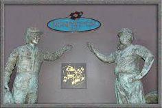 Resultado de imagem para estátuas de cera de Ayrton Senna