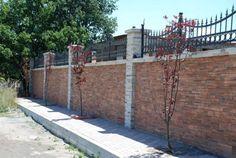 Taş duvar kaplama denilince, iç cephe duvarları kadar dış cephe duvarları da akla gelmelidir. Dış cephe duvarlarında kullanılabilen, estetik dokusu güzel ve özgün taş duvar kaplama modelleri, dört mevsim dayanıklı taş duvar modelleri dikkat çekmektedir. Bir çok doğal taş modelini tasduvarkaplama.com' da bulabilirsiniz.  #taşduvarkaplama #doğaltaşkaplama
