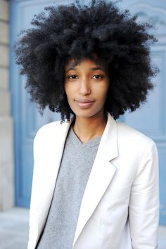 Julia Sarr-Jamois.  Love the blazer/V-neck combo, but it's all about her hair!!!