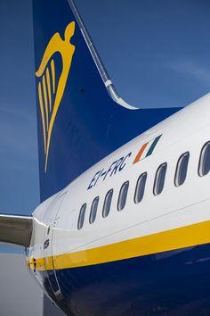 Ryanair recebe o 400º Boeing 737-800 Next-Generation