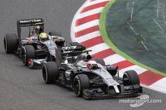 Kevin Magnussen and Esteban Gutiérrez battling - 2014 Spanish GP