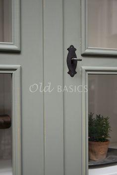 Vitrinekast Amiens 4-7033   1-1906-011   Old BASICS Door Handles, Home Decor, Door Knobs, Decoration Home, Room Decor, Home Interior Design, Home Decoration, Interior Design, Door Knob