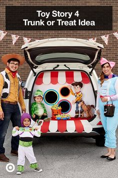 Make Trunk-or-Treating your new favorite Halloween tradition by creating a bag toss game with a presentation board. Just cut out a few circles and decorate with markers however you want. Bonus points for matching your Toy Story 4 costume! Toy Story Halloween, Halloween Games, Family Halloween Costumes, Halloween 2019, Holidays Halloween, Baby Halloween, Halloween Crafts, Halloween Decorations, Halloween Ideas