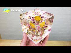 EASY DIY. 🌼 Dried Flowers in Resin Decor 🌼   Resin Art - YouTube
