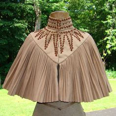 Victorian Tan Wool Capelet