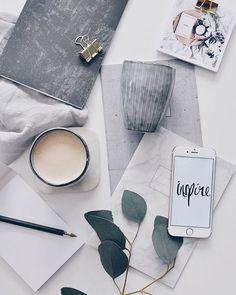 Shades of grey flatlay Fall Inspiration, Flat Lay Inspiration, Do It Yourself Inspiration, Layout Inspiration, Design Set, Flat Design, Photo Pour Instagram, Flat Lay Photos, Flat Lay Photography