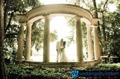 Kraft Gardens is a beautiful choice for couples seeking intimate destination weddings.