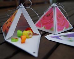 Favor gift boxes Pyramid with flower photos by NewCreatioNZ, $6.00