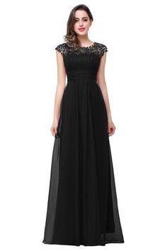Do you imagine stand next to white bride all in black? Dare to be something special, even though wearing black!  #Bridesmaid#Wedding dresses#CL#Wedding#Dresses